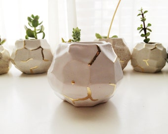 MADE TO ORDER - faceted white and gold ceramic vessel
