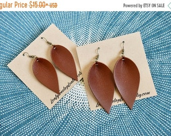 SUMMER VACATION FLASH Saddle Brown Leather Leaf Earrings: Joanna Gaines Inspired Leather Leaf Earrings / Medium Brown Leather Leaf Earrings