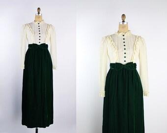 Vintage 60s 70s Cream Crochet Lace + Velvet Floral Color Block Victorian / Forest Green Dress / Bow Dress / Maxi Dress / Size S/M