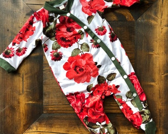 Newborn Girl Coming Home Outfit. Baby Girl. Floral Sleeper. Outfit. Red. Green. Girly. Ready to ship.