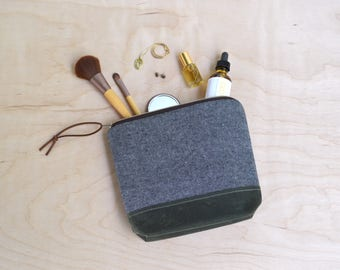 Cosmetic Bag in Charcoal Linen, Waxed Canvas - Zipper Clutch, Makeup Pouch, Travel Bag