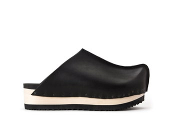 Black Womens wooden clogs, Leather Women clogs, Womens mules, Extra comfort footbed padding, NEILS, Free shipping