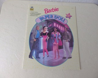 BARBIE Paper Doll Booklet, Like New, 1994.