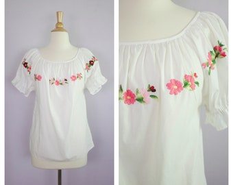 Vintage Floral Embroidered Peasant Top Blouse Puff Sleeve S/M