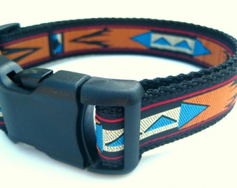 """Aztec Dog Collar. 1"""" wide, available in M, L, XL"""