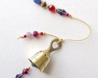 SALE! Beaded Windchime. Garden Chime Blackberry Purple & Raspberry Red Glass Beads. Violet. Crimson. Antiqued Gold Beads. Flower. Brass Bell