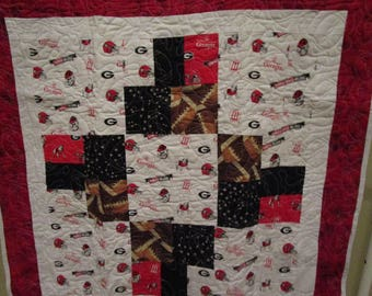 University of Georgia Bulldogs Quilt in white, red, and black