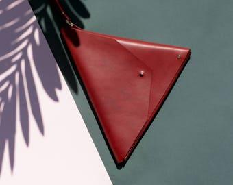 Triangle Clutch Marsala