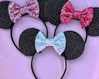 Create your Own Custom Sparkly Minnie Mouse Ears