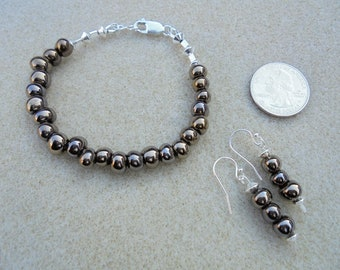 Earrings & Bracelet Set - Handmade - Freshwater pearls, Sterling Silver