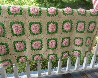 Vintage  Pink Rose Crochet Afghan