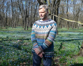 Handmade knitted Icelandic wool sweater with a Icelandic pattern for men