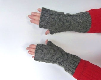 Cable Fingerless Gloves, Women, Half Thumb Texting Gloves, Knit Driving Gloves, Super Stylish Golfing Gloves
