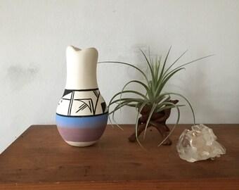 small acoma pottery style vessel. navajo new mexico painted bud vase. small terracotta clay pottery. boho geometric painted pottery.