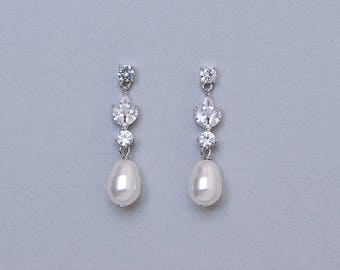 Bridal pearl earrings, CZ crystal pearl earrings, Wedding earrings, dangle pearl drop earring Swarovski teadrop pearls Silver bridal jewelry