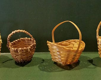 Easter baskets, miniature Easter baskets,  tiny baskets