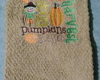 Fall dish towel. Scarecrow, Autumn, September, October, Thanksgiving