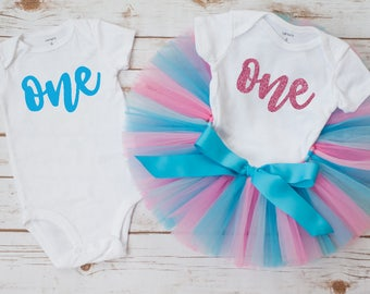 Twins boy and girl first birthday 'Prince and Princess' Twins birthday outfit boy girl twins cake smash birthday twins outfits blue pink