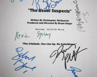 The Usual Suspects Signed Movie Film Screenplay Script  Autographs X9 Kevin Spacey Stephen Baldwin Benicio Del Toro Bryan Singer Byrne