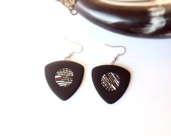Black earrings , Everyday earrings ,  Modern Earrings , Polymer clay earrings , Dangle Drop earrings, Contemporary earrings
