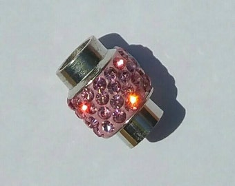Magnetic Clasp - Kumihimo - Platinum plated brass - Light Pink - Polymer clay with Rhinestones - 18 x 13 mm - 7mm hole.