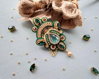 Soutache pendant with Swarovski Soutache necklace Soutache jewelry Large pendant soutache Green gold pendant Long necklace with crystals