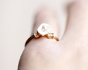 Gold Ring - Pearl Ring, Freshwater Pearls, Flower Ring, 14K Gold Fill, Gemstone jewelry