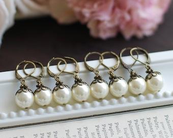 Set of Seven 7 Bridesmaid Earrings Bridal Cream White Pearl Earrings Swarovski Pearl Lever Back Vintage Themed Wedding Earrings
