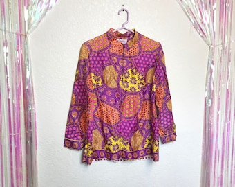 Gorgeous Vintage 1960s Psychedelic Floral Print Evelyn Pearson Zip Front Long Sleeve Top