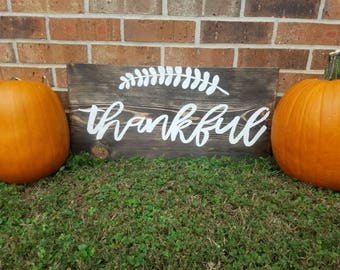 Thankful on Distressed wood