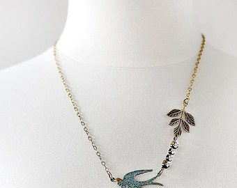 Bird Necklace - Necklace for Bridesmaids - Mother of Bride Necklace - Necklace for Girlfriend - Best Friend Necklace - Wife Gift
