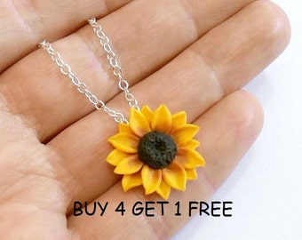 Sunflower Necklace, Sunflower Jewelry, Gifts, Yellow Sunflower Bridesmaid, Sunflower Flower Necklace, Bridal Flowers, Bridesmaid Necklace