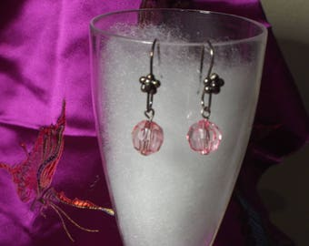 Faceted Ball with Flower Earrings