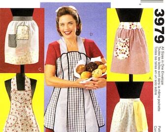 3979 tabliers Vintage Retro McCall hôtesse américaine © 2003
