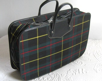 vintage luggage . Plaid Luggage . Retro Tartan Overnight Bag . Tartan Suitcase . Peter's luggage