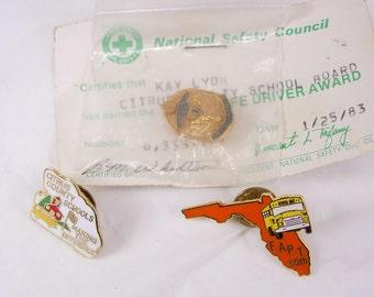Vintage florida national safety council tie tack pinback bus safe driver award  lapel pin set of 3