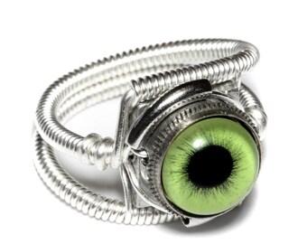 Eyeball ring, Green Eye, Silver Finish, Steampunk ring, Catherinette Rings, beholder ring