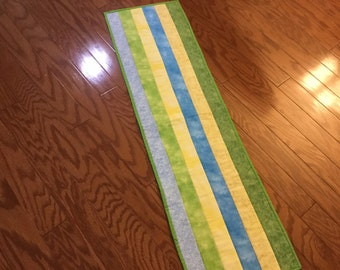 Spring and Summer Quilted tablerunner