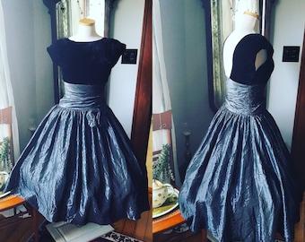 50s Style Silver Satin Taffeta Dress, Black Velvet Dress, 80s does 50s, Prom Dress, Size Small Medium, Formal Dress, Full Circle Swing Dress
