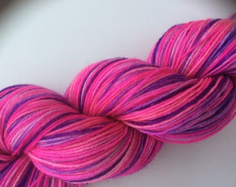 Barbie-Girl - hand dyed yarn 3.5 oz 437 yds