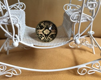Steampunk flower dome style ring