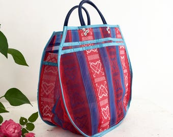 L - red/blue hearts tote bag