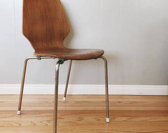 Mid century Arne Jacobsen Style Bentwood Chair