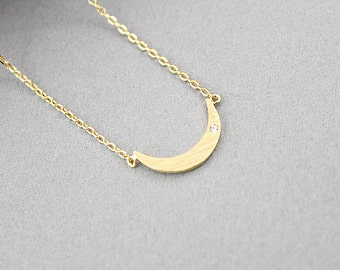 Tiny Crescent Moon Charm Necklace .Simple and Modern Necklace. Bridesmaid Gift , Bridesmaid Necklace .