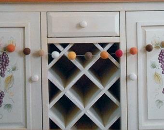 Thanksgiving Garland, Autumn Colors Felt Ball Garland, Fall Felted Wool Garland, Mantle Decor