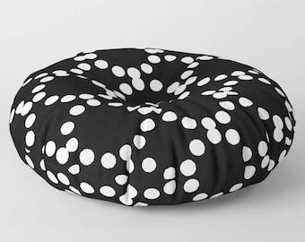 Black and white floor cushion . Round cushion . Pillow . Round pillow . Floor pillow . Geometric pillow . 26 inch pillow . 30 inch pillow