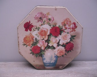 floral tin box / roses bouquet / valleybrook farms