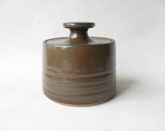 Lidded Jar made in Stoneware, Pottery Lidded Jar, Brown Sugar Jar