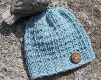 Hand Knit Baby Hat, Wool Baby Cloche, Unisex Baby Hat, Unique Baby hat, Hat With Wooden Button, Newborn Baby Hat, Baby Hat Gift, Photo Prop