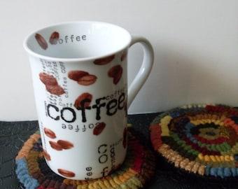 PrimiTive Folkart HooKed Rug Hit or Miss Mug Rugs Beacon Hill Collectibles HooKed Mug Rugs